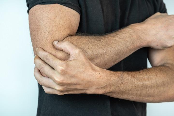 ízületi fájdalom zsineggel fájdalom a jobb lábban az ízületben
