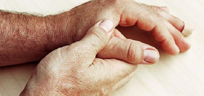 a rheumatoid polyarthritis enyhíti az ízületi fájdalmakat