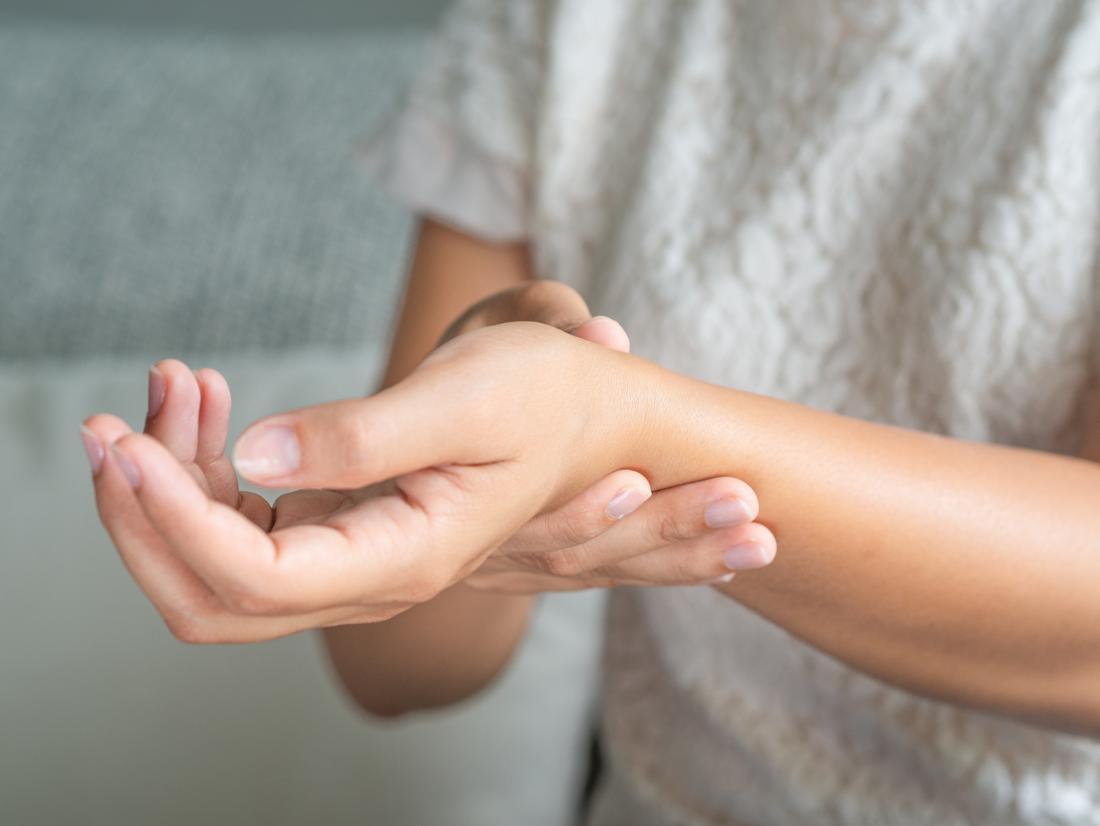 hogyan lehet kezelni az ízületi gyulladást és az ízületi gyulladást hogyan kell kezelni a vizet a térdben