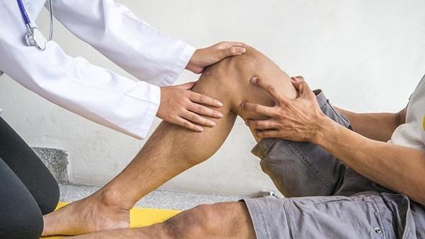 a térdsérülések diagnózisa hogyan lehet enyhíteni a könyökízületek fájdalmát